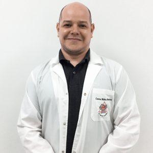 Dr. Luis Obregón