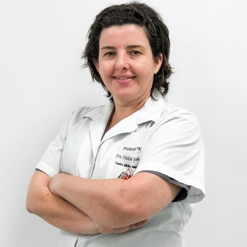 Dra. Cynthia Lorena Oviedo Pereira