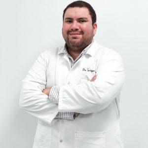 Dr. Enrique Centurión
