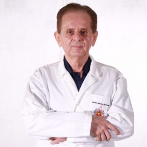 Dr. Castor Samaniego