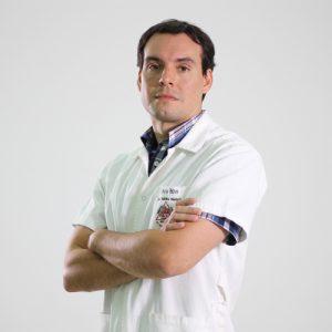 Dr. Mario Feltes