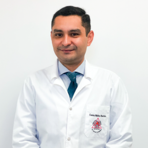Dr. Ricardo Vega