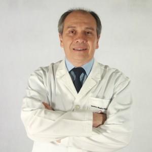 Dr. Gustavo Portillo