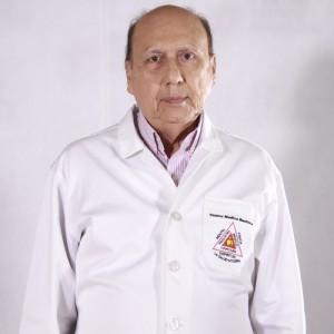 Dr. Hugo Bernal
