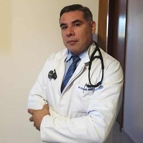 Dr. Oscar Paredes